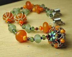 Balinese Glass beads and resin beads - post Bead Hoarders Hop 2013 - blogue Shaktipaj Designs
