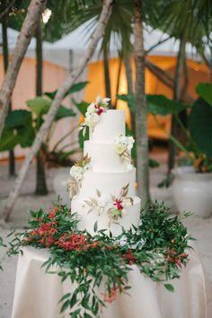 Fun cake: http://www.stylemepretty.com/florida-weddings/miami-beach/2015/04/16/elegant-tropical-miami-beach-wedding/   Photography: Katie Lopez - http://katielopezphotography.com/