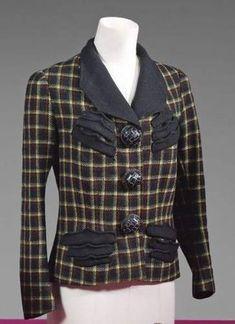 Seize modèles SCHIAPARELLI Haute Couture entre 1935 et 1950 - Eloge de  l Art par Alain Truong 7908a8d4b