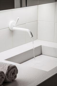 Unique Home Decor .Unique Home Decor Timeless Bathroom, Minimal Bathroom, Ideal Bathrooms, Beautiful Bathrooms, Bathroom Interior Design, Home Interior, Interior Modern, Loft, Ideas