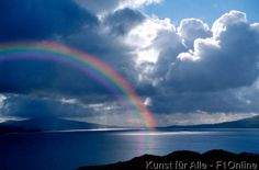 Regenbogen über der Insel Mull, Schottland, U.K.