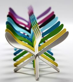 The colourful cutlery sets have been created by a German design studio in collaboration with Konstantin Slawinski.The colourful plastic cutlery has been named as Join. Forks And Spoons, Cutlery Set, Flatware, Plastic Silverware, Plastic Ware, Yanko Design, Make Blog, Kitchen Knives, Kitchen Tools