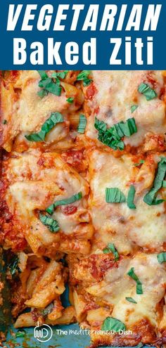 This recipe and tutorial is all you need to make the BEST vegetarian baked ziti with ricotta, marinara sauce, and a layer of bright veggies nestled in. You can this pasta casserole ahead as part of pasta ziti BEST Vegetarian Baked Ziti Baked Ziti Vegetarian, Vegetarian Casserole, Vegetarian Pasta Recipes, Pasta Casserole, Veggie Recipes, Cooking Recipes, Easy Recipes, Veggie Casserole, Dinner Recipes