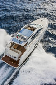 Small power boats water Ideas for 2019 Small Power Boats, Power Boats For Sale, Luxury Pontoon Boats, Yacht Boat, Boat Illustration, Cruiser Boat, Boat Girl, Yacht Design, Super Yachts