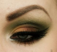 """Same as the part 1 but I made it more like a *night out on the town* kind of look with sleek palette """"curacao"""""""