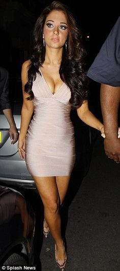 Tulisa Contostavlos Herve Leger Pink Tight Bandage Dress - I want a dress like this for my vacation!!