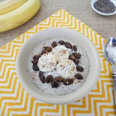 From dessert-inspired recipes to more tea-infused ones, discover our favorite, delicious chia pudding recipes that will help you slim down.