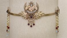 Owl Crown Sarah might wear with more ornamentation