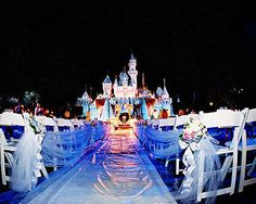 Disneyland wedding - I would kill for this.