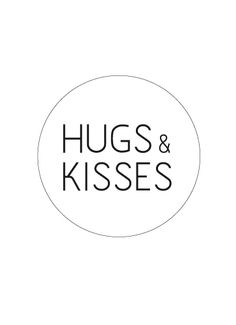 Sticker wit/zwart 'Hugs & Kisses'☆