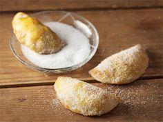Jogurttivoitaikinasta valmistat ihanan murean ja maukkaan piirakkapohjan. Se sopii myös suolaisten tai makeiden pasteijoiden ja piirasten kuoreksi.