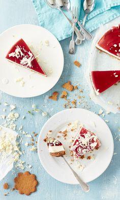 Glögi-juustokakku // Cheesecake with Mulled wine Food & Style Elina Jyväs Photo Riikka Kantinkoski Maku www,maku. Wine Recipes, Baking Recipes, Slow Food, Sweet And Salty, Desert Recipes, Yummy Cakes, No Bake Cake, Sweet Recipes, Cake Decorating