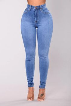 Fashion Nova has the best selection of women's high waisted jeans online. From high waisted flare jeans to high waisted skinny jeans and distressed denim to boyfriend high rise jeans, you'll find it all here. Perfect Jeans, Cute Jeans, Sexy Jeans, Denim Jeans, Jeans Pants, Cargo Pants, Legging Jean, Best Jeans For Women, Yoga Pants With Pockets