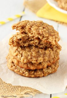 Apple Cinnamon Oatmeal Cookies are among my all-time favorite cookies! This chewy treat is a classic fall dessert with flavors that taste great year round! Banana Cookie Recipe, Banana Oatmeal Cookies, Healthy Oatmeal Cookies, Oatmeal Cookie Recipes, Banana Bread Recipes, Banana Treats, Banana Pudding, Chocolate Chip Cookies, Chocolate Chips
