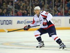 Washington Capitals defenseman John Carlson has been getting a tremendous spike in ice time, and is now leading the charge on their blue line. Pro Hockey, Hockey Teams, Hockey Players, Hockey World, Washington Capitals, Blue Line, Nhl