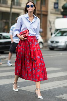 45 Transitional Outfit Ideas for Those Hard-to-Dress Days