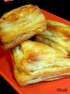 Best Pastry Recipe, Pastry Recipes, Cake Recipes, Dessert Recipes, Romanian Food, Snacks, Croissant, Food Cakes, Deserts
