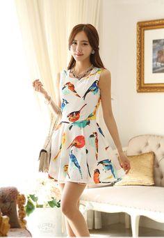 Playful birds prints sleevless dress