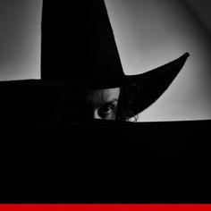 witch philosophy - EMILIANO MAGGI from ARTREWIND #1 project © Giovanni De Angelis #artrewind #art #giovannideangelis #emilianomaggi