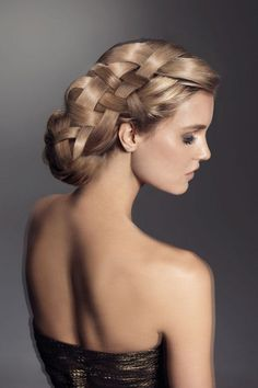 Pictures : Chic Updo Hairstyles for Bridesmaids - Stylish Bridesmaids Updo