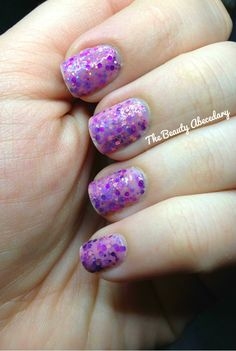 Girly by Revlon, looking like an indie polish to me ! #indiepolish #Revlon #Girly #glitternailpolish