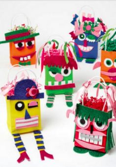 Ah! Monster gift bags are a scary fun party favor for a kids birthday party this summer.