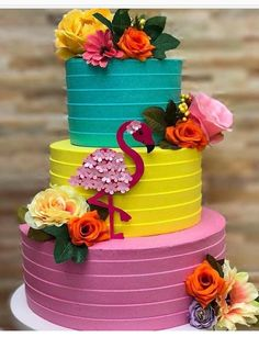 Wow check out this magnificent photo - what an inventive design and style Flamingo Party, Flamingo Cake, Flamingo Birthday, Hawaiian Birthday, Luau Birthday, Birthday Parties, Bright Birthday Cakes, Luau Cakes, Party Cakes
