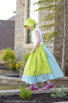 A Simple DIY Prairie (or Pioneer) Girl Costume | Make It and Love It Pioneer Girl Costume, Pioneer Dress, Diy Girls Costumes, Easy Costumes, Costume Ideas, Baby Clothes Quilt, Diy Clothes, Sewing Clothes, Diy Dress