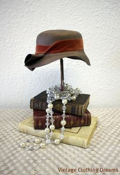 1920s Party Centerpieces on Speakeasy Props