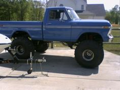 Lifted Ford Ranger | restored 1979 ford f150 lifted Pirate4x4Com 4×4 and Off Road JUST THE RIGHT SIZE RUBBER