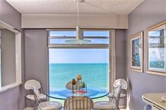2525 Gulf of Mexico Drive #14A | Longboat Key Vacation Rental Property | Jennette Properties