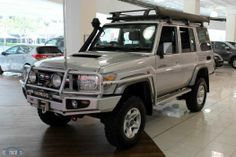 New & Used cars for sale in Australia Toyota Lc, Toyota Trucks, Jeep Suv, Jeep Cars, My Dream Car, Dream Cars, Land Cruiser 70 Series, Off Road Camping, Diesel Trucks