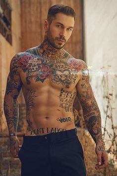 Alex Minsky...damn he's as gorgeous as ever!