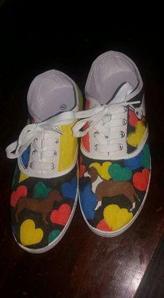 Maalatut kengät