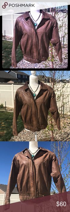 G-III Global Identity Vtg Leather Jacket M brown Awesome vintage leather coat with belt at the waist! Beautiful preowned co diction. Darkened patina around the neck area. Everything else looks great!!! 👀 Size M G-III Jackets & Coats
