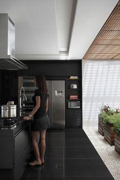 Casa BT l Arquitetos: Studio Guilherme Torres. Maringá, Brasil. Paisagismo: Alex Hanazaki. Ano: 2012. Fotografias: Denilson Machado