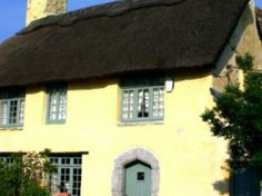 Rose Cottage in the Vale of Glamorgan, Wales