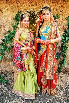 Two beautiful wives of arjun:draupadi and subhadra Indian Wedding Jewelry, Indian Bridal, Bengali Wedding, Paras Arora, Lord Rama Images, Lord Krishna Hd Wallpaper, Dark Eyebrows, The Mahabharata, Pooja Sharma