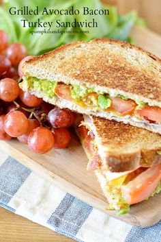 Grilled avocado, bacon, turkey sandwich topped with tomatoes and cheddar cheese. Bacon Recipes, Cooking Recipes, Healthy Recipes, Sandwich Recipes, Healthy Meals, I Love Food, Good Food, Yummy Food, Great Recipes