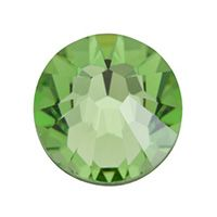 The peridot is the birthstone of August. With an intriguing, yellow-green color it was one of the favorites gems of queen Cleopatra, perhaps the world's first fashion maven! Queen Cleopatra, South Hill Designs, New Charmed, Living Lockets, Floating Charms, Photo Charms, Birthstone Charms, Origami Owl, Custom Photo