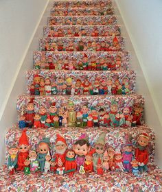 Visiting the elves would be an interesting experience for me, and afterwards, I want to get keepsakes and decorate my stairs like this in order to specialize this trip! Also, the stuff elves can be a good toy for Sprite ad Yogurt.