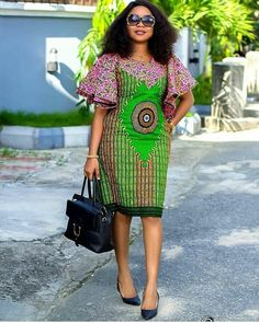 Ankara Short Gown :Designs Styles To Check out. Hello Beautiful Ladies Check out 2020 Fabulous Ankara Short Gown Design For African Designs Styles To Check out.Scroll down Below Ans check them. Short African Dresses, African Blouses, Latest African Fashion Dresses, African Print Fashion, African Prints, Ankara Short Gown Styles, Short Gowns, Short Styles, Dress Styles