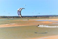 Nos dias ventosos, o kite é obrigatório!😀 In windy days, kite is a must ! 😀