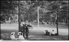 toronto high parkThe park's roads were popular with recreational motorists in the early 20th century.