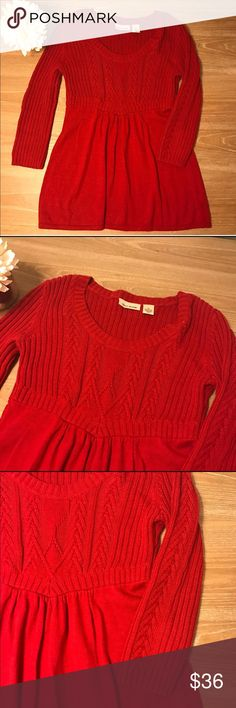 """DKNY RED CABLE KNIT  SWEATER 💗Condition: EUC, No flaws, no rips, holes or stains. Beautiful design on sleeves. Measurements: armpit to armpit: 18 (stretches due to fabric) sleeves length: 19"""" 💗Smoke free home/Pet hair free 💗No trades, No returns 💗Note that light can slightly change the color. Color is red.  💗Shipping next day. Beautiful package! 💗I LOVE OFFERS, offer me! 💗ALL ITEMS ARE OWNED BY ME. NOT FROM THRIFT STORES 💗All transactions video recorded to ensure quality.  💗Ask all…"""