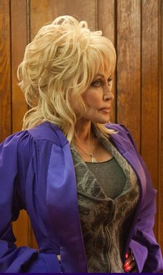 Dolly Parton - Joyful Noise was an awesome movie!