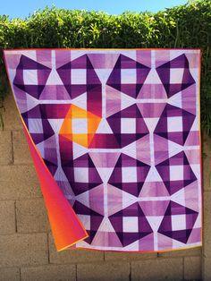 Glow Stick Quilt - Purple Daisies Quilting