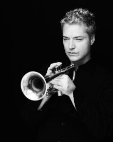 Chris Botti the most amazing trumpet player you will ever hear!