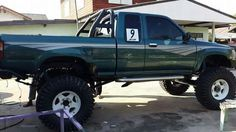 . Toyota Pickup 4x4, Toyota Tacoma 4x4, Toyota Trucks, Toyota Hilux, Pickup Trucks, 4 Runner, Mini Trucks, Old Toys, Cars And Motorcycles