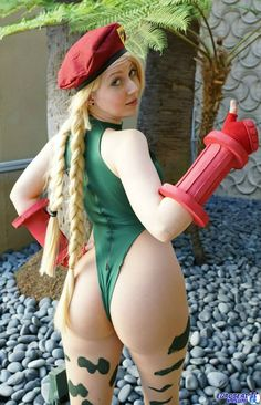 Character: Cammy White / From: Capcom's 'Street Fighter' Video Game Series / Cosplayer: Ikuy Cosplay